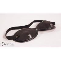 Avalon - Blindfold med nagler Sort